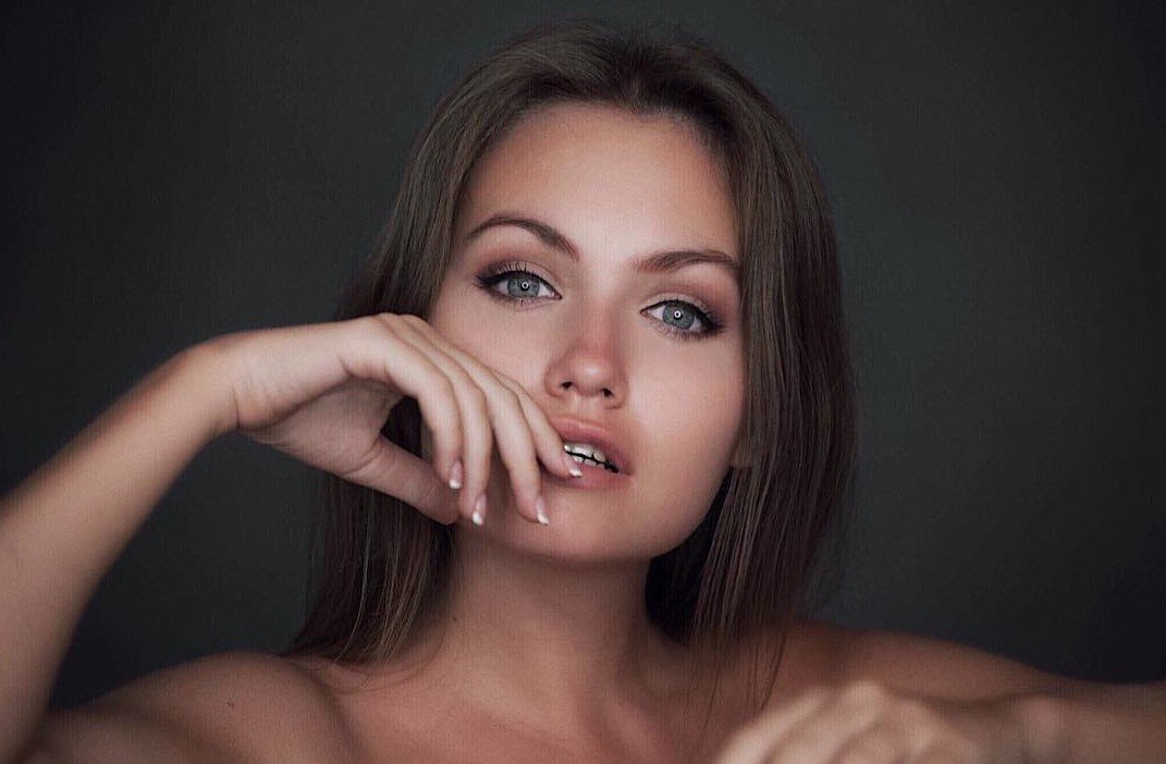 """""""Real sexuality is not about nudity """".  Nicole Ross, a Playboy model  from Belarus about her work"""