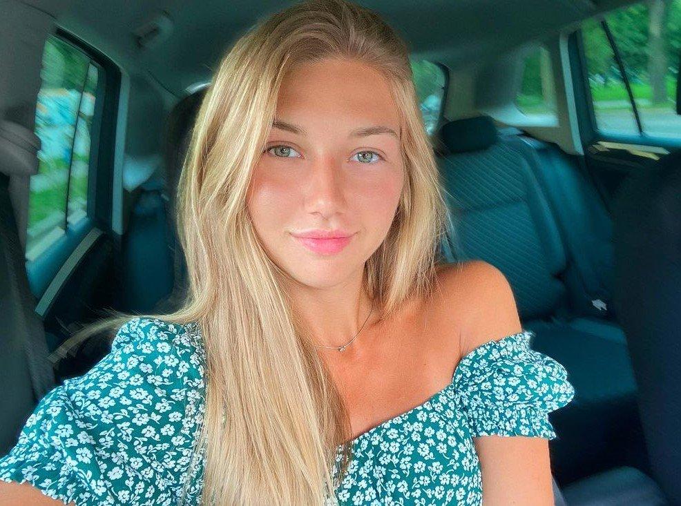 Belarus Instagram Beauty Contest – April 2021